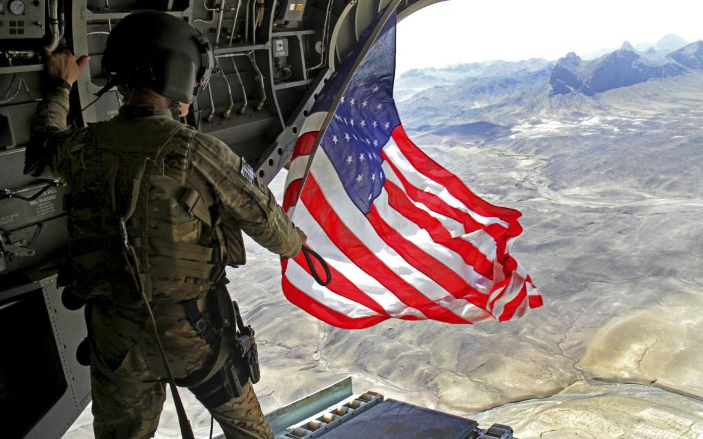 Соотношение дипломатии и военной силы в политике США