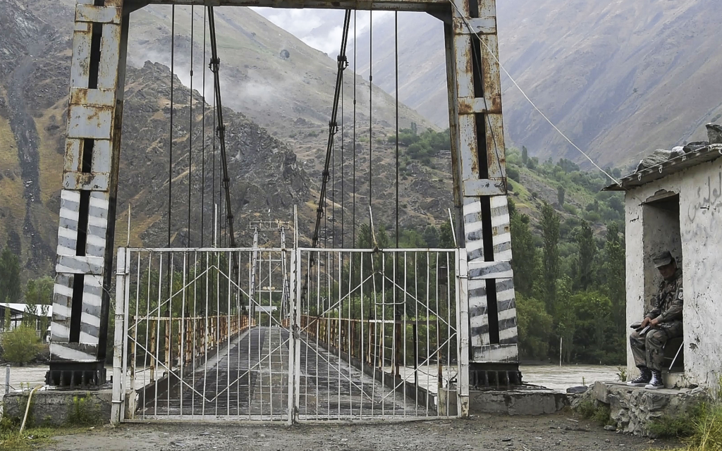 Центральная Азия:  формирование сообщества безопасности?